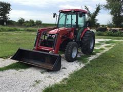 Mahindra 2565 MFWD Tractor W/Loader