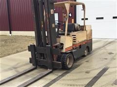 Allis-Chalmers 120L Forklift