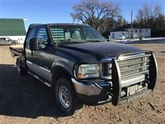 2004 Ford F250 4x4 Extended Cab Flatbed Pickup