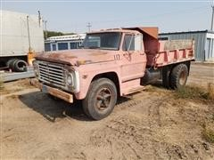 1971 Ford F610 S/A Dump Truck