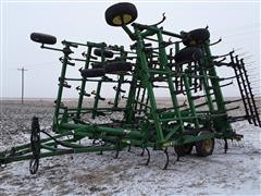 John Deere 2210 5-Section Field Cultivator W/Harrow