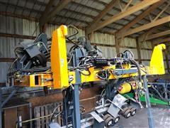 Hagie 8 Row Detasseling Puller