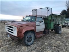 1975 Dodge 600 S/A Feed Truck