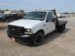 2004 Ford F350 2WD Flatbed Pickup