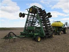 2005 John Deere 1890/1910 Air Seeder/Cart