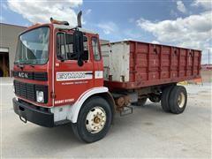 1984 Mack MS260 Dump Truck