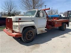 1984 Ford F600 Flatbed Truck W/ Winch