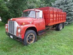 1965 International 1600 Load Star Grain Truck With Dual Cylinder Hoist