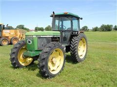 1990 John Deere 2955 MFWD Tractor