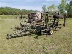 John Deere 1000 21' Field Cultivator