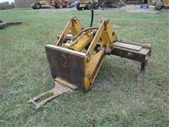 Caterpillar 7' Ripper For Dozer
