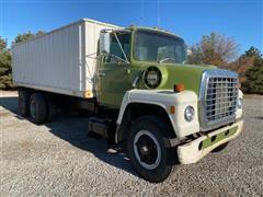 1982 Ford LN800 T/A Grain Truck