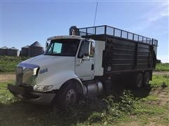 2006 International 8600 6x4 T/A Silage Truck