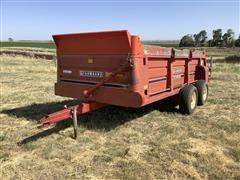Farmhand F45 Pull-Type Manure Spreader