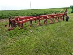 International 700 Semi Mounted 7 Bottom Moldboard Plow