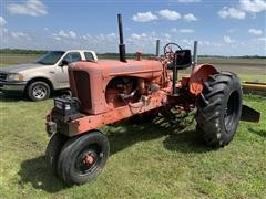 Allis-Chalmers WD 2WD Tractor W/Blade