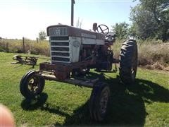 1959 Farmall 460 2WD Tractor