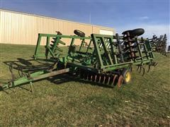 John Deere 722 Field Finisher
