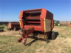 1987 New Holland 855 Round Baler