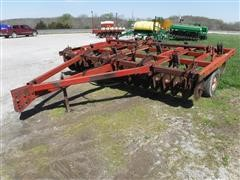 International 6000 Conser-Till Coulter Chisel Plow