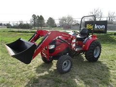 2016 Mahindra 15384FHIL MFWA Compact Utility Tractor W/Loader & Bucket