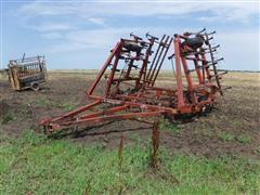 Hesston 2210 27' Folding Field Cultivator