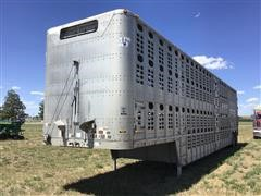 2005 Wilson PSDCL-406 T/A Livestock Trailer