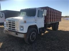 1982 International 1954 S/A Grain Truck