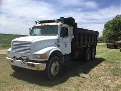 1991 International 4900 T/A Dump Truck