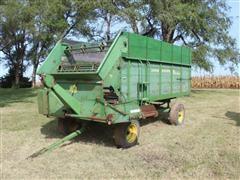 John Deere 115 4-Wheel Chuck Wagon