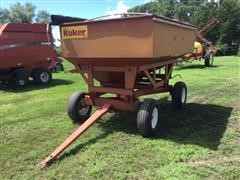 Kuker 710 Gravity Wagon