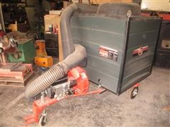 D R Lawn & Leaf Vacuum W/Chipper
