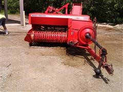 Massey Ferguson 224 Small Square Baler W/212 Thrower