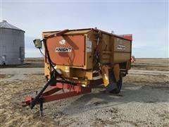 Knight 3300 Reel Auggie Feed Wagon