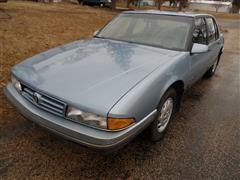 1991 Pontiac Bonneville LE Passenger Car