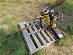 Accessory Sales 3 Pt Hydraulic Bale Spear Unroller