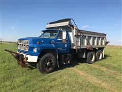 1984 Ford F8000 T/A Dump Truck