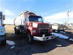 1994 Ford LNT8000 Garbage Drum Truck