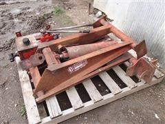 Schwartz Hydraulic Hoist