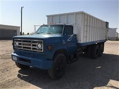 1974 GMC 6500 Super Custom T/A Grain Truck
