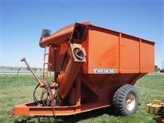 United Farm Tools 444 400-Bushel Grain Cart