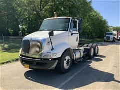 2009 International 8600 SBA T/A Truck Tractor