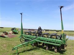 John Deere 7200 Max Emerge Vacuum 6R30 Planter