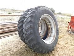 Case IH 7140 Magnum Goodyear 18.4-42 Rear Tractor Tires & Rims