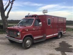 1982 Ford Econoline E303 Rescue/Service Truck