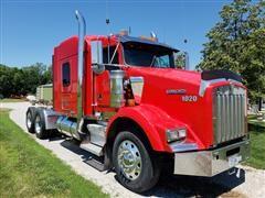 2000 Kenworth T800B T/A Truck Tractor