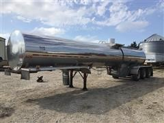 1996 West-Mark Tri/A 46' Stainless Steel Manure Tanker Trailer