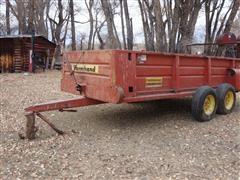 Farmhand 450 14'X6' Single Beater Manure Spreader