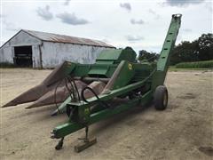 John Deere 300 Pull-Type Forage Harvester