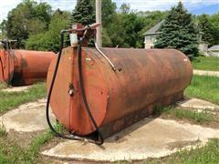 1000 Gallon Fuel Barrel & Pump